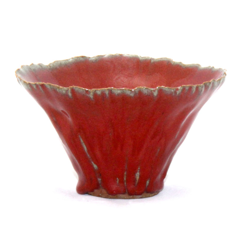 Red frill bowl